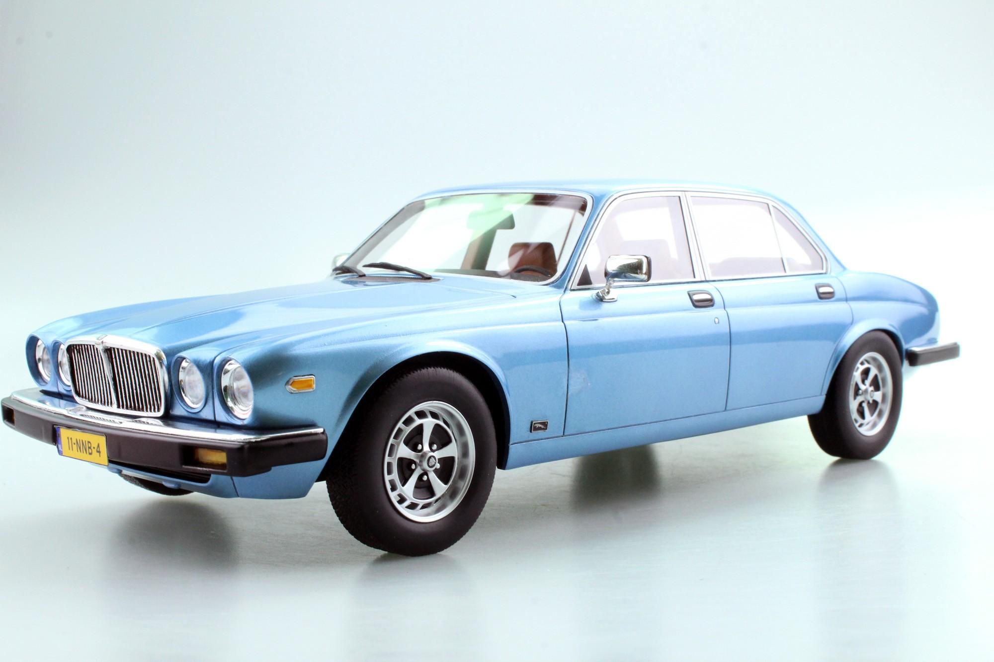 1982 Jaguar XJ6 LS025L 1:18 LS Collectibles - blau met
