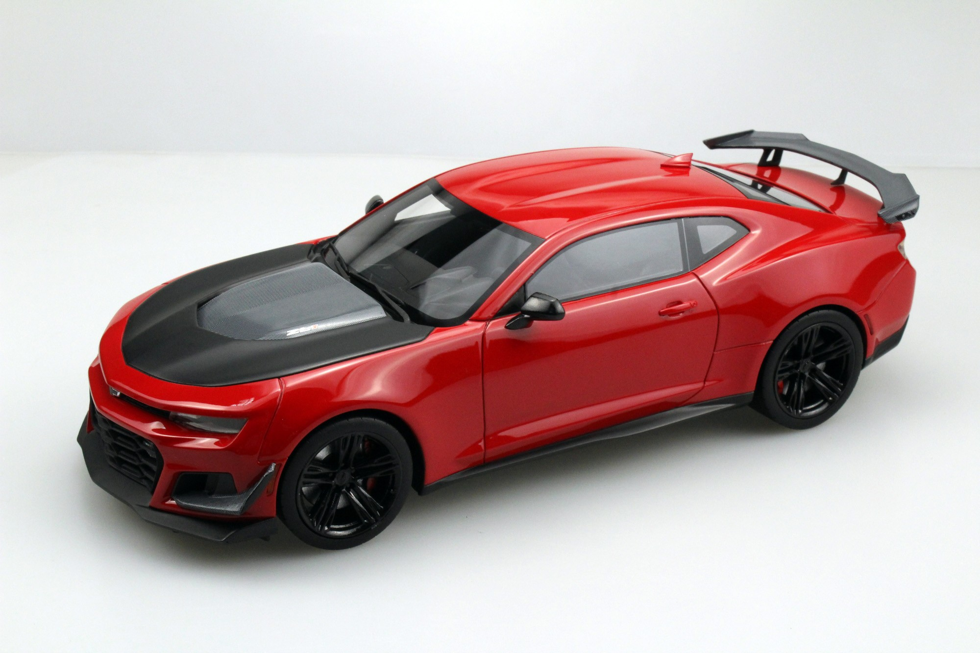 LS Collectibles ZL1 1LE Camaro Hennessey HPE850, 1:18 red | LS039B