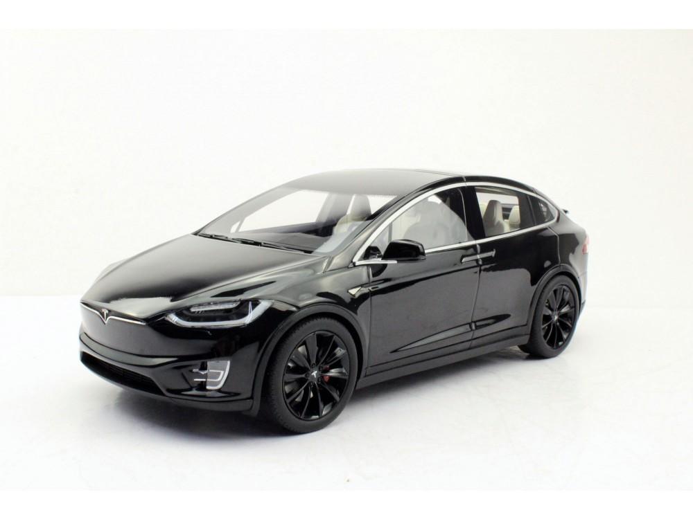 Tesla Model X (Pre-order)