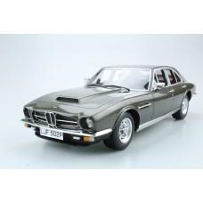 Aston Martin Lagonda 1974 saloon (Pre-order)