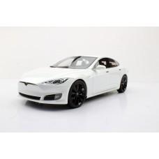 Tesla Model S (Pre-order)