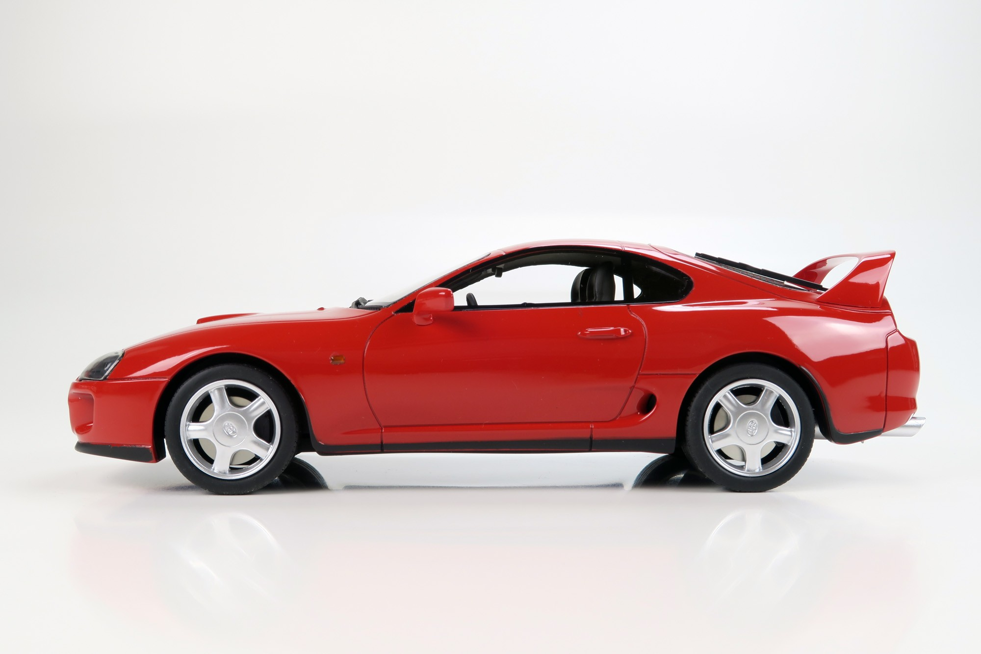Toyota Supra 2019 >> LS Collectibles Toyota Supra MKIV 1993, 1:18 red | LS015A