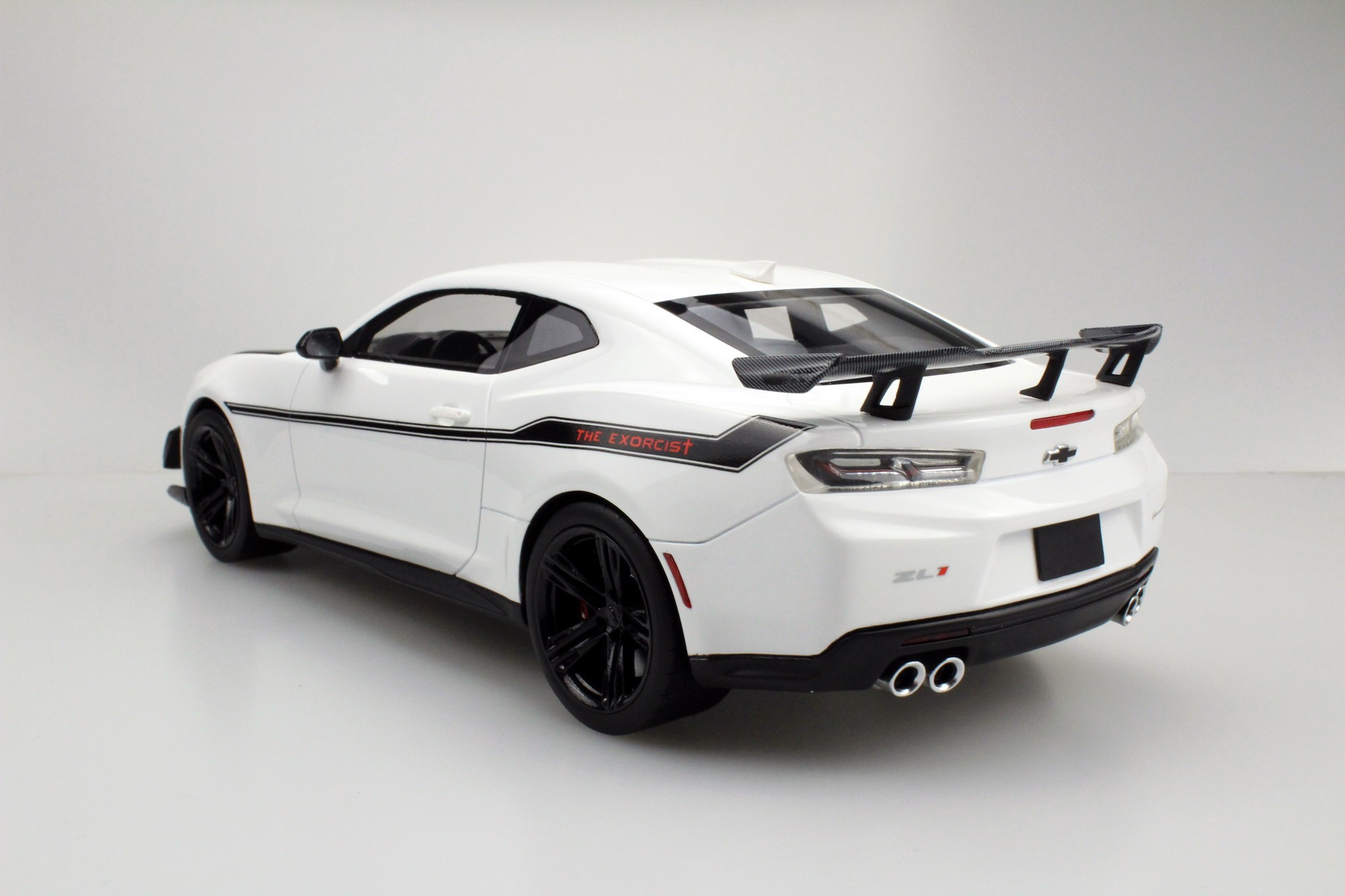 Ls Collectibles Zl1 1le Camaro Hennessey Exorcist Pre Order 1 18 White Ls039a